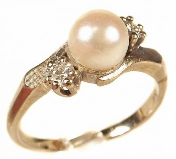 Estate 14k White Gold Cultured Pearl & .20cttw Diamond Ring
