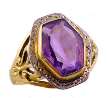10k Two Tone Gold Art Nouveau Filigree Fancy Shaped Amethyst Ring