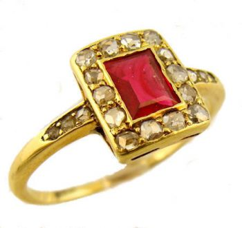 Antique 14k Yellow Gold Garnet Doublet & Rose Cut Diamond Ring