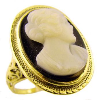 Antique Hardstone Cameo Ring - 14k Green Gold of Classical Lady