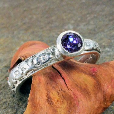 Antique Style Syn. Alexandrite Floral Ring with Bezel in Sterling Silver