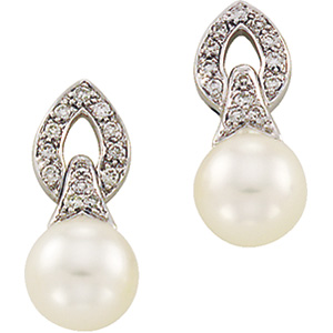 14k White Gold Art Deco Style .16cttw Diamond and Freshwater Pearl Earrings