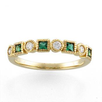 14k Yellow Gold Art Deco Style Emerald & .20 cttw Diamond Band