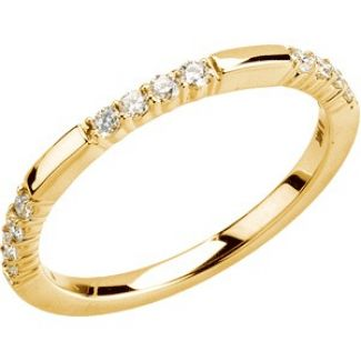14k Vintage Style .25cttw Diamond Wedding Band
