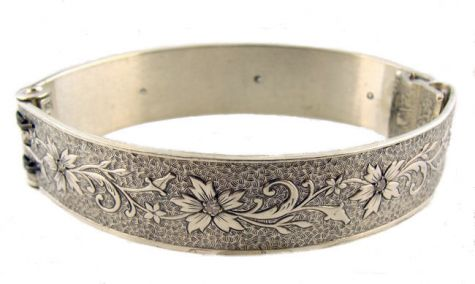 Victorian Style Sterling Silver .33ct Diamond Floral & Foliate Engraved Bangle Bracelet