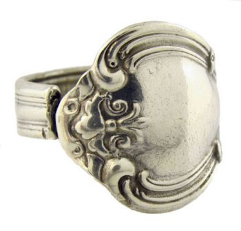 Antique Style Madeline Fleur de lis Pattern Spoon Ring - Adjustable Size