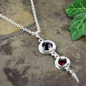 Antique Style Double Rose Cut 3.0cttw Garnet Lavalier Pendant in Sterling Silver