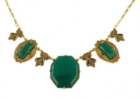 Art Deco Style Green Onyx Colored Czech Glass Necklace
