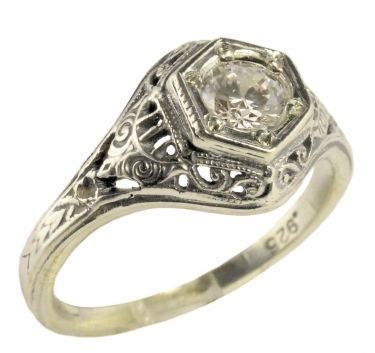 Antique Style Sterling Silver 4.0 to 4.5mm Round Shaped Ring Setting
