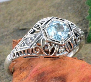 Antique Style Sterling Silver Filigree 5.0mm Semi Set Ring w/ Diamonds Accents