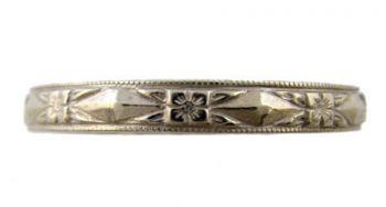 Vintage Style 3.0mm Diamond Shaped Patterned Wedding Band