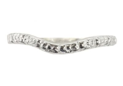 Vintage Style 2.3mm Curved Floral Patterned Wedding Band