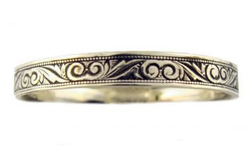 Victorian Style 3.3mm Foliate Designed Wedding Band
