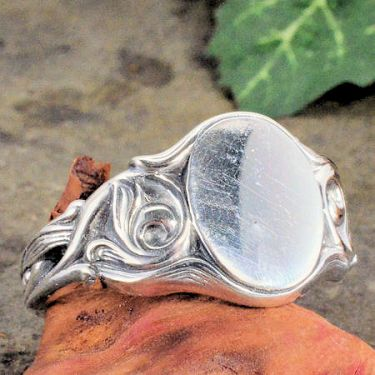 Art Nouveau Style Sterling Silver Foliate Signet Ring