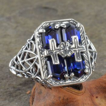 Art Deco Style Sterling Silver Filigree Chevron Shaped Gemstone Ring