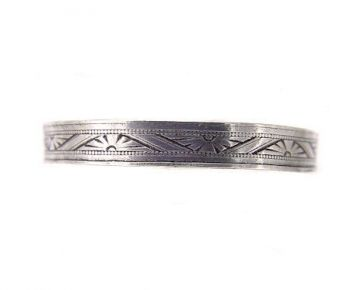 Victorian Style 3.3mm Geometric Patterned Wedding Band