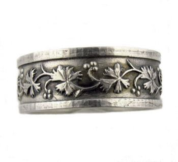 Victorian Style Civil War Era Sterling Silver 83mm Patterned