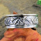Antique Style Sterling Silver Winter Themed 8mm Wide Wedding Band