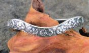 Victorian Style Sterling Silver 2.75mm Curved Forget Me Not Flower Wedding Band